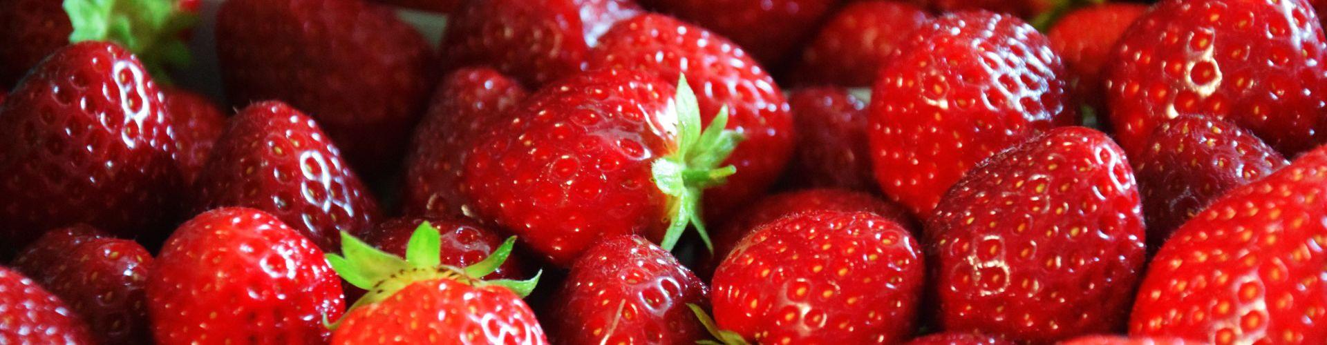 Schalenware Erdbeeren